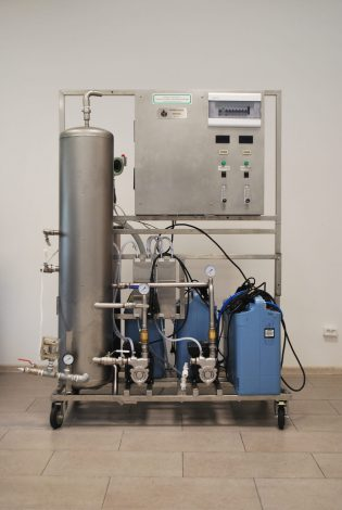 Ozonator wody (generator ozonu) Korona WATER 4 m3/h